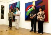VLS kiállítás (balról: VARGA Mihály; megnyitja: NOVOTNY Tihamér; AKNAY János, SZ: VARGA Ágnes Kabó), Gyárfás Jenő Képtár, Sepsiszentgyörgy, 2008,
